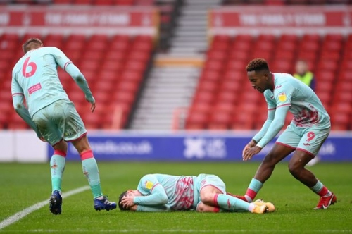 Connor Roberts' moment that summed up Swansea City at Nottingham Forest