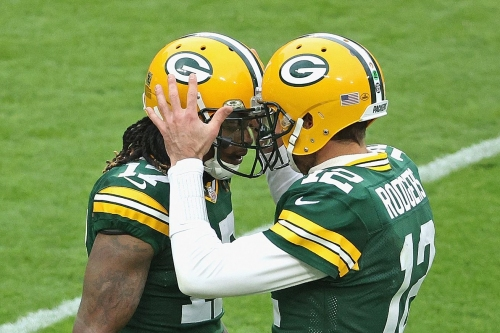 Victory Monday Cheese Curds: Packers reach milestones in 100th win over Bears
