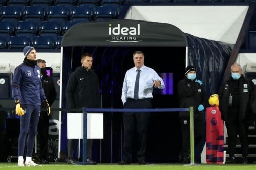 Lineker taunts Allardyce with Klopp jibe after Leeds hammering