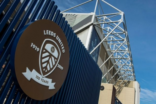 Leeds United reach out to Karen Carney after online abuse