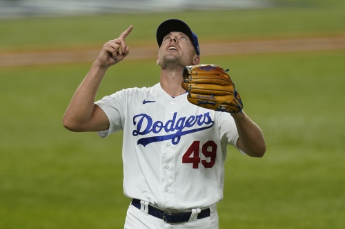 Dodgers re-sign reliever Blake Treinen to a two-year contract