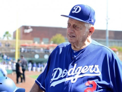 Dodgers News: Tommy Lasorda Resting At Home After Hospital Stay