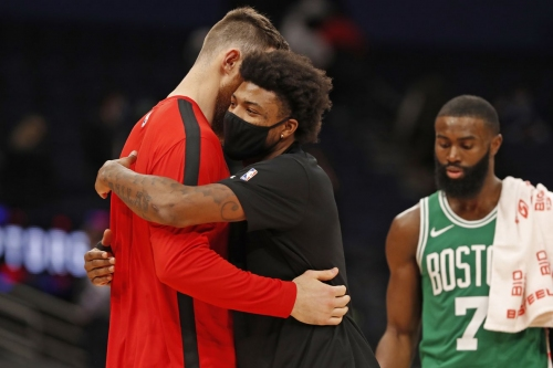 Marcus Smart (thumb) available against Miami; Jeff Teague (ankle) still out