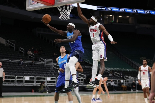 Milwaukee vs. Detroit: Bucks Obliterate Pistons