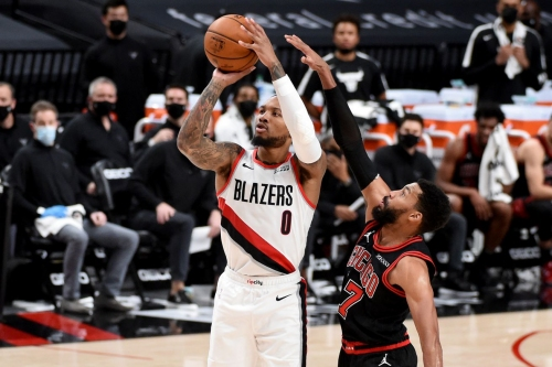 Blazers Throwing Up Bat Signal for Damian Lillard