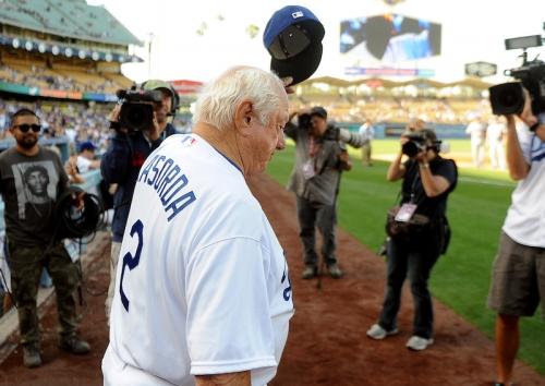 Dodgers News: Vin Scully, Jaime Jarrín, Justin Turner & More Pay Tribute To Tommy Lasorda