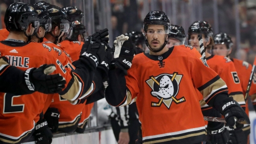 Blue Jackets sign Michael Del Zotto to one-year, two-way deal