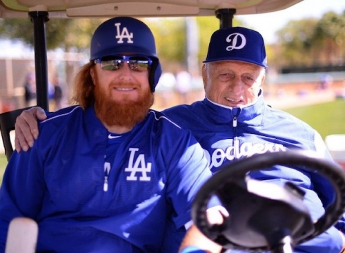 Dodgers News: Justin Turner Recalls Being Put In Chokehold By Tommy Lasorda