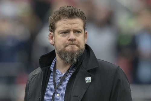 Seahawks GM John Schneider signs extension with Seattle