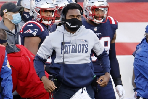 Patriots assistant Jerod Mayo to interview for Eagles' vacant head coaching position