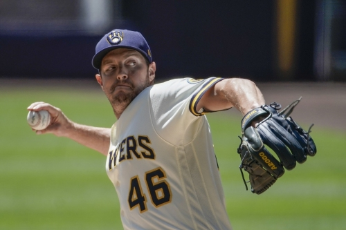 Dodgers avoid arbitration with recently-acquired reliever Corey Knebel
