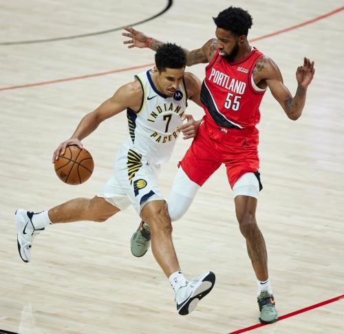 Photos: Pacers visit Trail Blazers