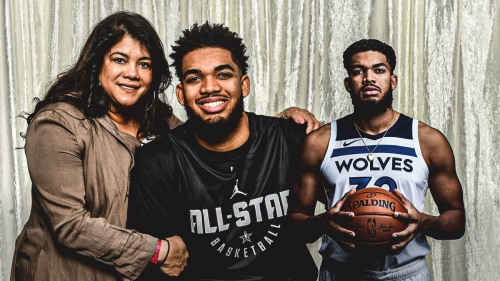 Timberwolves' Karl-Anthony Towns tests positive for COVID-19