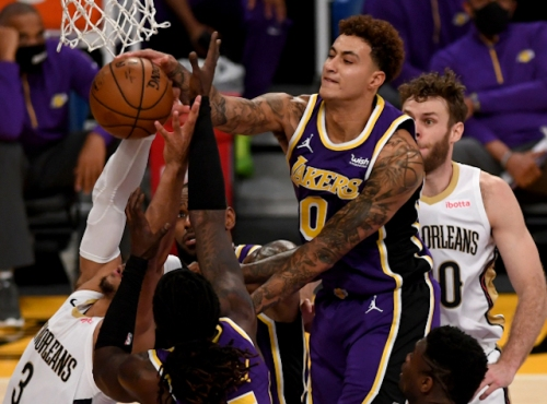 Lakers Highlights: Defense Takes Over In Blowout Win Against Pelicans
