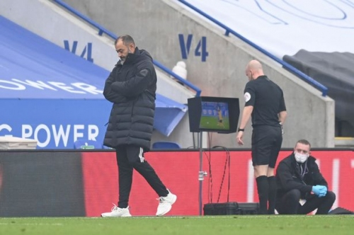 Nuno must fix self-inflicted problems after Wolves hit new low