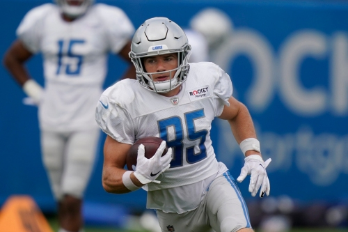 Detroit Lions keep WRs Victor Bolden, Tom Kennedy among 8 signed to futures deals