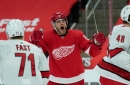 Detroit Red Wings get first win of season thanks to goals from Bobby Ryan and Dylan Larkin