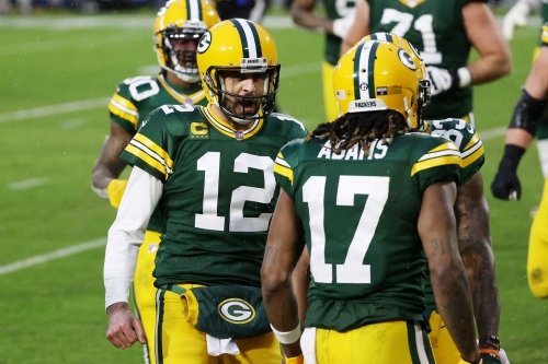 Aaron Rodgers and Davante Adams set playoff yardage records in win over Rams