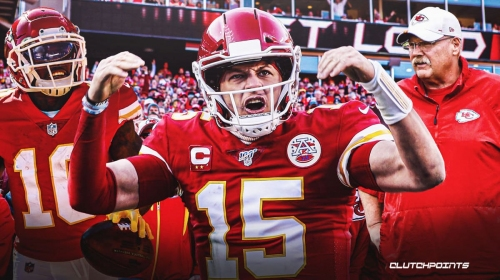 Chiefs' Patrick Mahomes launches ball to top deck of Arrowhead Stadium after TD