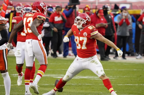 Final score: Chiefs survive Mahomes' absence, beat Browns 22-17