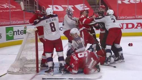 Brawl breaks out as Red Wings score questionable goal on Blue Jackets