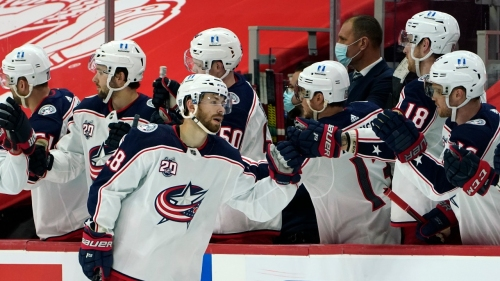Blue Jackets hold on, defeat Red Wings for their first win