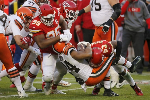 Divisional round defensive film review: Stepping up when needed the most