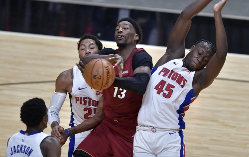 Hyde: Bam Adebayo's search for greatness, one mundane shot at a time | Commentary