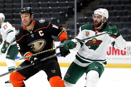 Greg Pateryn fined for cross-check against Ducks