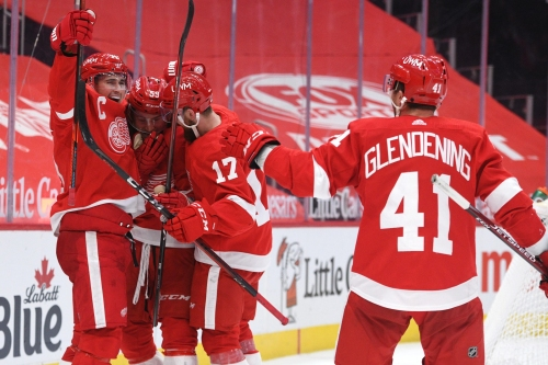 Tyler Bertuzzi scores in overtime to lift Detroit Red Wings over Columbus Blue Jackets, 3-2