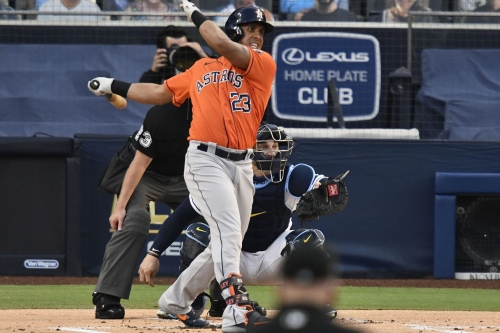 Astros Shock Baseball By Re-Signing Michael Brantley