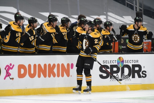 Jack Studnicka scores his first NHL goal, the Bruins' first 5v5 goal of the season