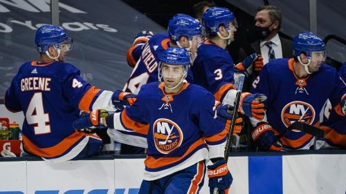 Eberle scores twice as Islanders deal Devils first loss in regulation