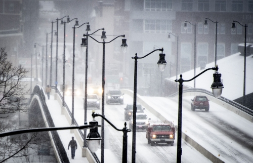 Expect a frigid weekend ahead of 'minor' snowfall Monday night into Tuesday, forecasters say