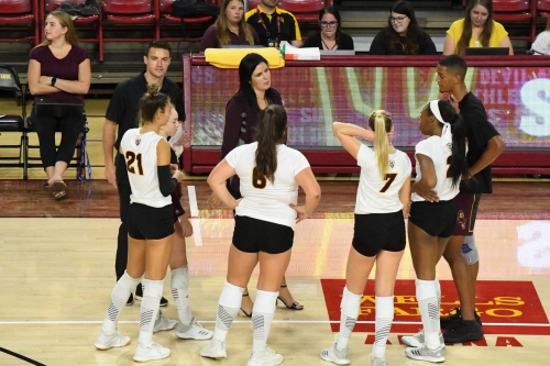 ASU Volleyball: No. 10 Washington best Sun Devils in tight contest