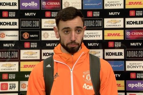 Man United player Fernandes praises Van de Beek performance vs Liverpool