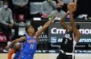 Kawhi Leonard, Clippers fend off Oklahoma City again