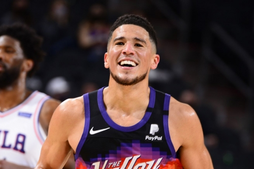 Center of the Sun:Suns blow through Week 8 undefeated