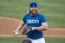 'Optimal outcome' leads Justin Turner back to Dodgers