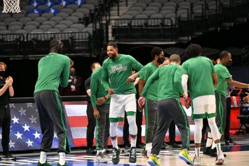 Celtics' starting five continues to show signs of life
