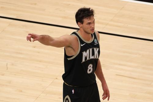Danilo Gallinari's record night leads Hawks to 127-112 win over Celtics