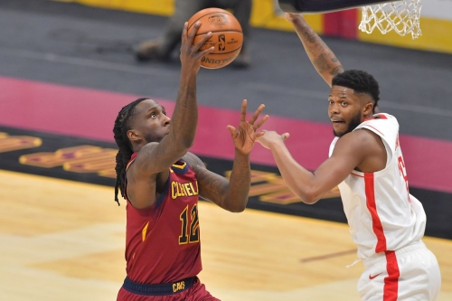 Rockets drop ninth in a row after 112-96 loss to Cavaliers