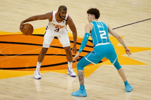 Recap: Suns blow lead, fall to Hornets 124-121