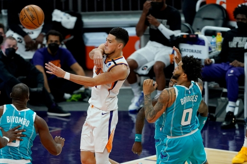 Devin Booker gets All-Star nod, but Phoenix Suns fall to Charlotte Hornets
