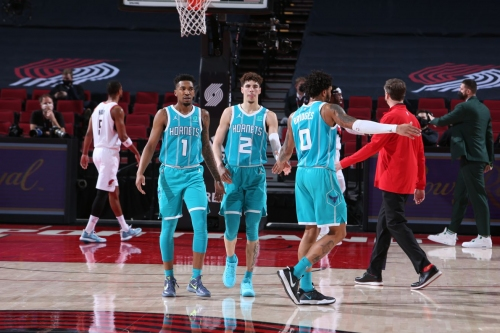 Recap: Hornets run out of gas, fall to Trail Blazers 123-111 on second night of back-to-back
