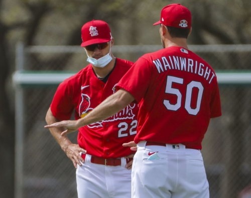 Wainwright to start seven-inning game for Cardinals against Marlins
