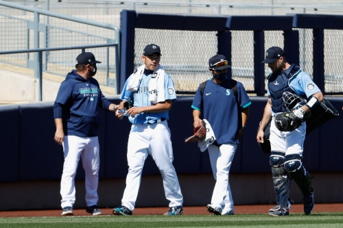 Mariners lose to Cleveland 6-1, out of sight of prying eyes
