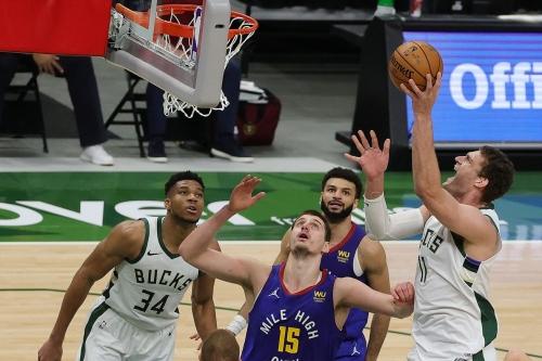 Milwaukee vs. Denver: Nuggets Fly Past Bucks, 128-97