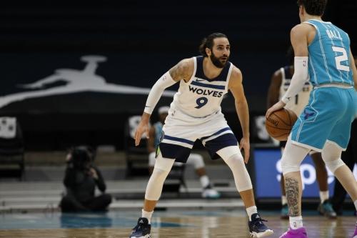 Game Preview #35: Wolves vs Hornets