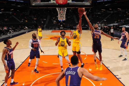 Without Curry & Green, Warriors lose to Suns in final game before All-Star break
